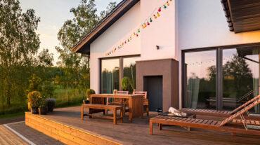 Aménager une terrasse en bois : osez la différence!
